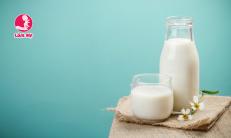 Trẻ em uống sữa vào buổi sáng có an toàn không?