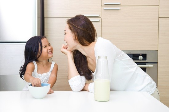 7 Cách nói của mẹ khiến bé nghe lời mà không cần quát mắng