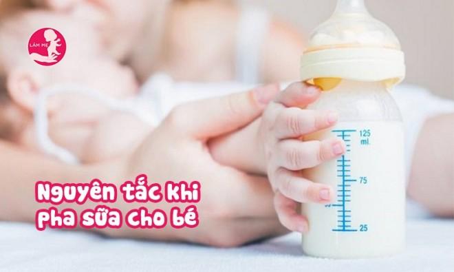 7 nguyên tắc khi pha sữa buộc mẹ phải nhớ